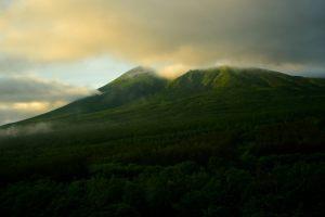 朝雲と岩手山